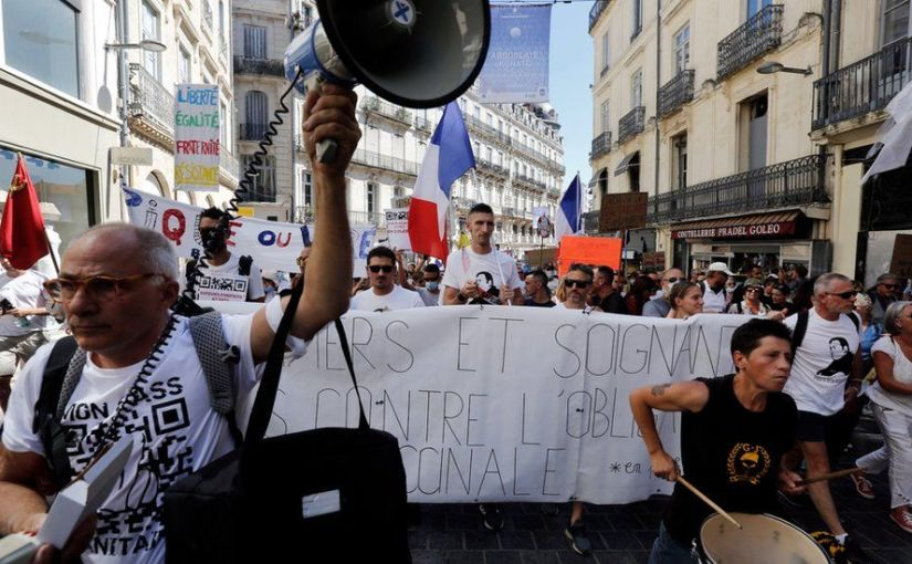 Covid-19: France suspends 3,000 unvaccinated healthworkers